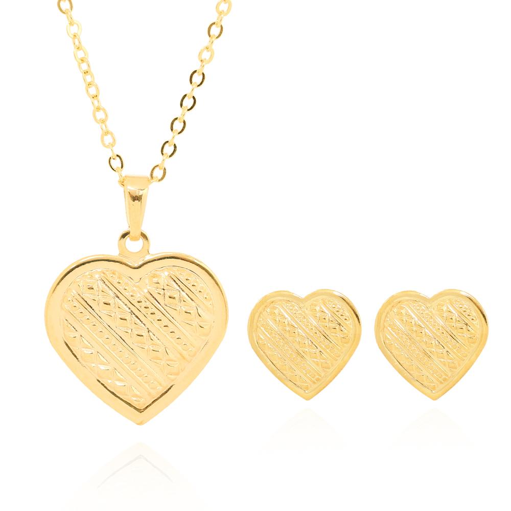Conjunto Brinco e Colar de Coração Detalhado Folheado Ouro 18K