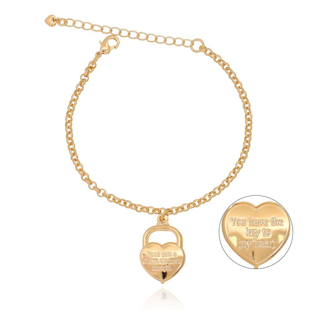 Pulseira com Cadeado Folheado Ouro 18K em Forma de Coração
