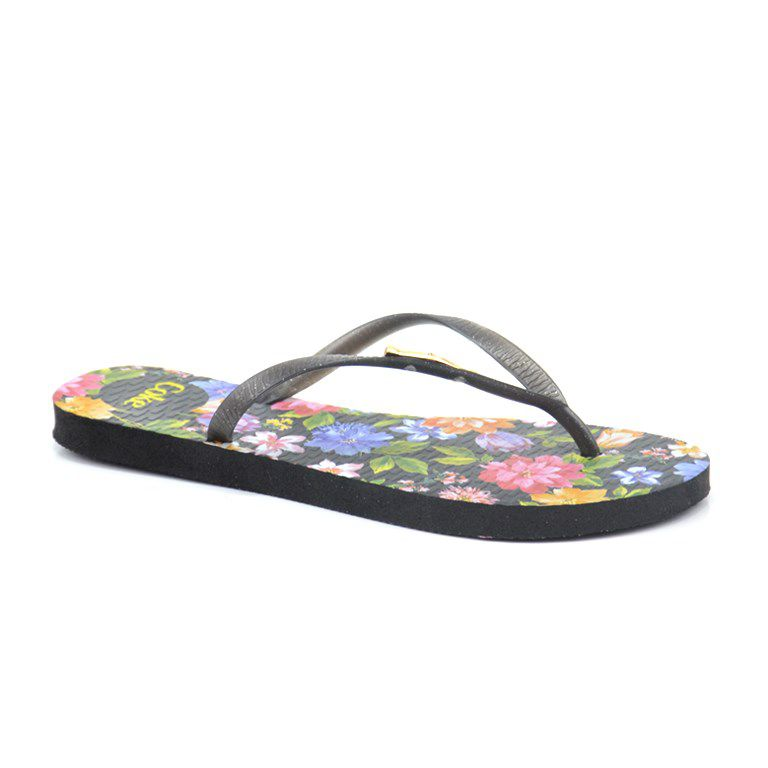 Chinelo Blooming