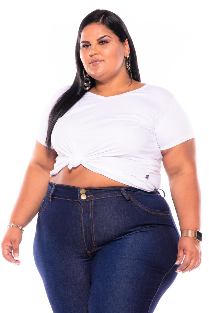 Calça Jeans Escura com Barra Desfiada