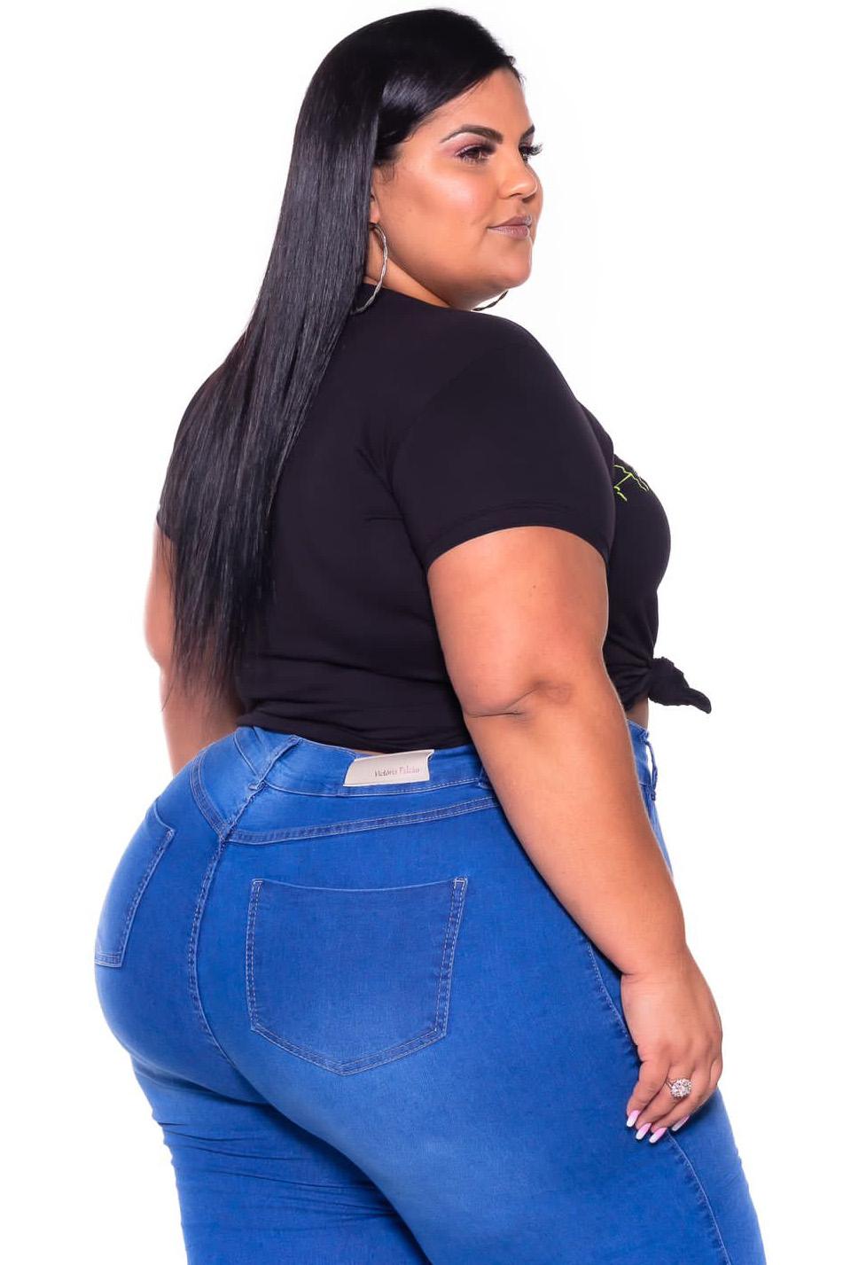 Calça Jeans Jogger Azul Clara com Botoes