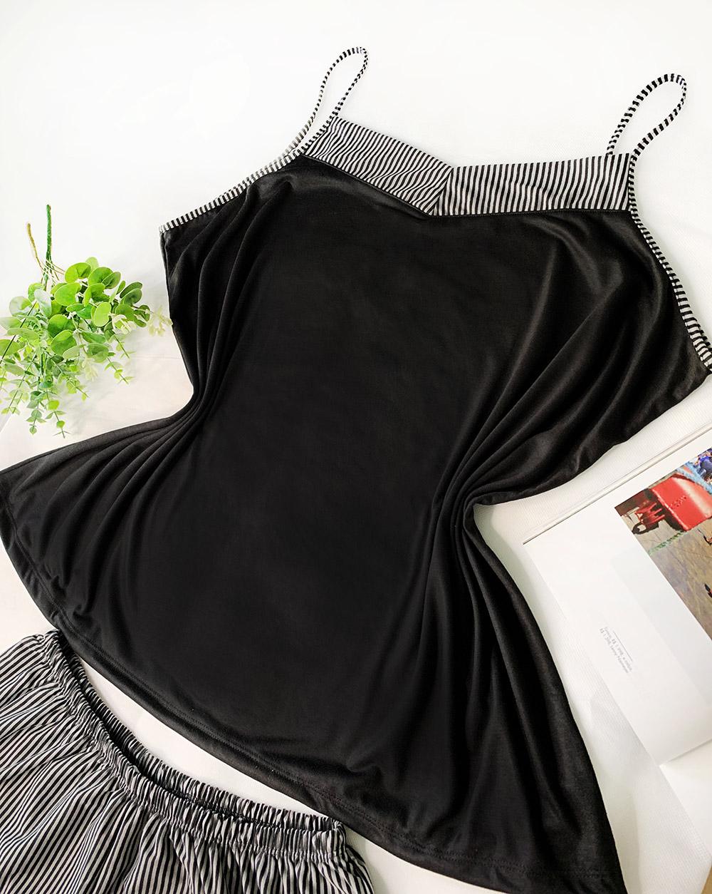 Conjunto Pijama Short Listrado Regata