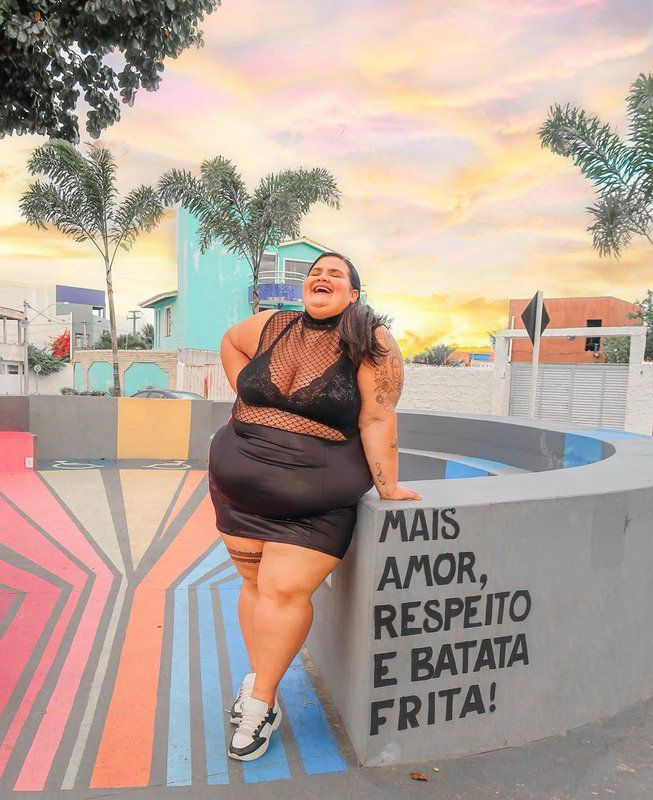 Vestido Cirrê com Tule By Thaís Carla