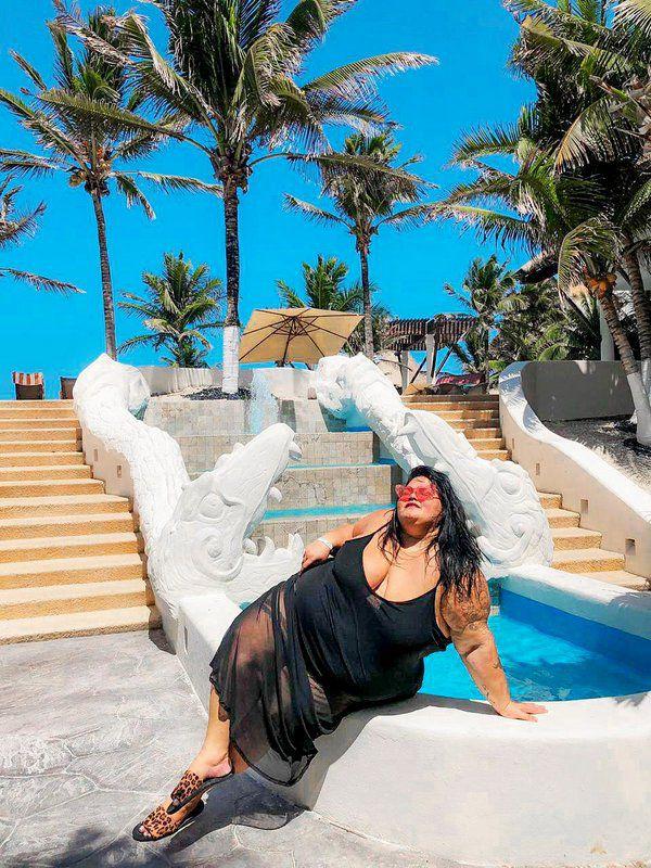 Vestido Longo de Tule com Body By Thais Carla