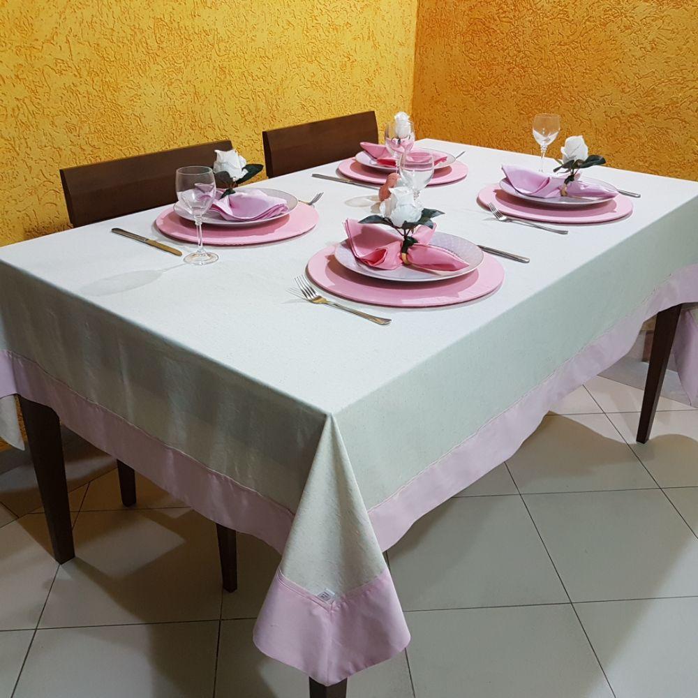 Toalha de Mesa 6 lugares Bege com a barra Rosa em linho misto e tricoline 100% algodão