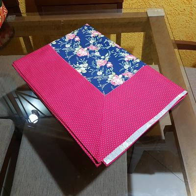 Toalha Floral Azul com Barrado Poa Pink 2,05x1,50cm
