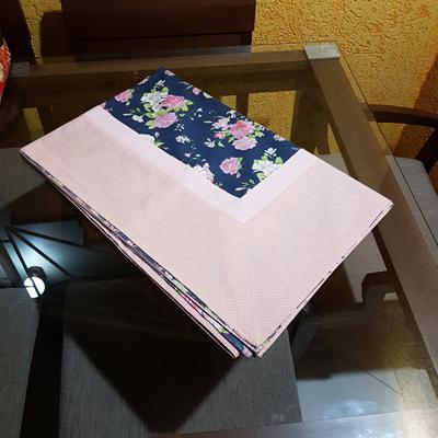 Toalha Floral Azul com Barrado Poa Rosa 2,25 X 1,50cm
