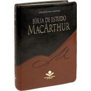 Bíblia de Estudo MacArthur Capa Preta Marrom - Revista e Atualizada