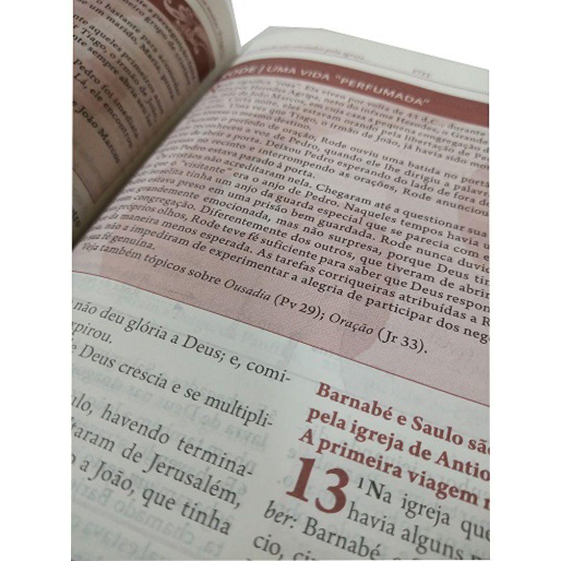 A Bíblia da Mulher Média RC - Capa Especial em Pedrarias Com Índice