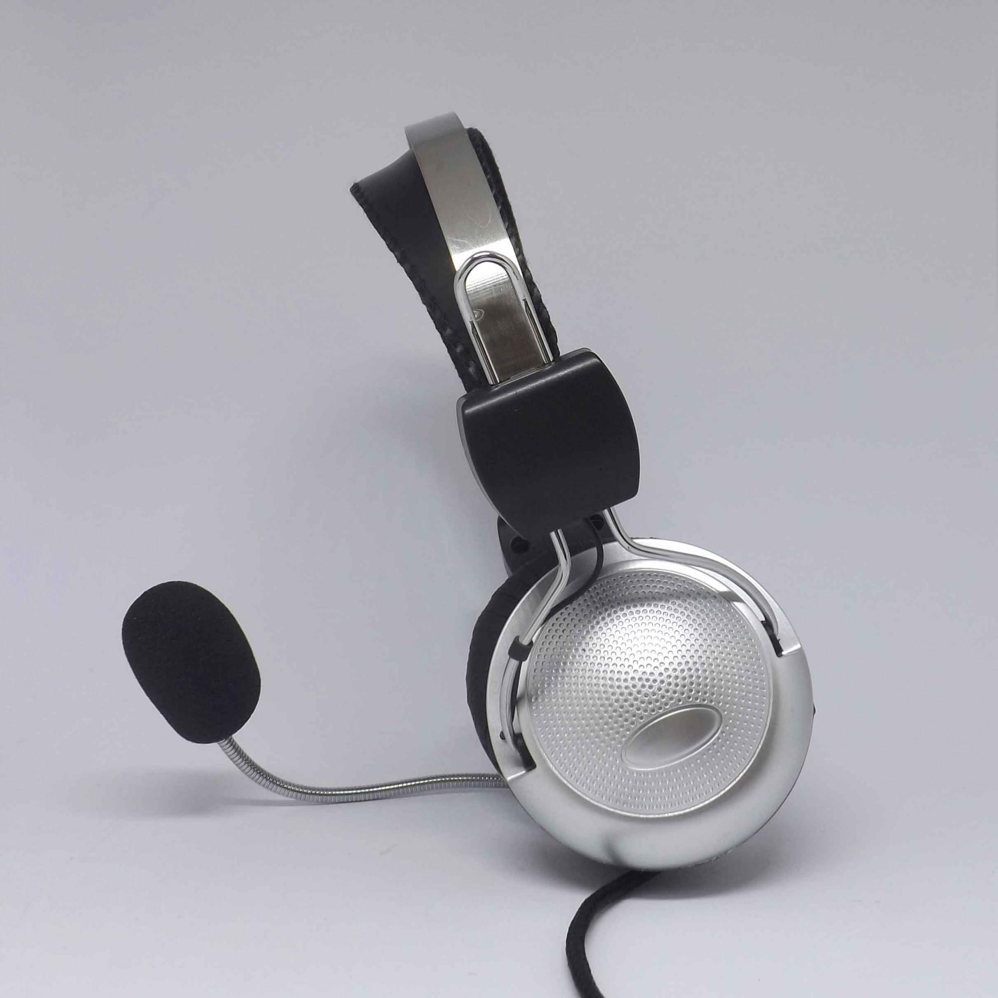 Fone de Ouvido Profissional Para Computador com Microfone