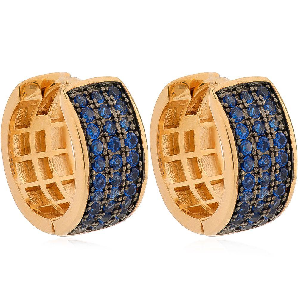 Brinco de Argola 3 Filas Cravejadas em Zircônia Azul Folheado em Ouro 18k