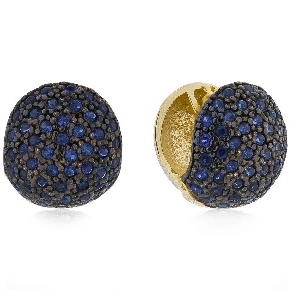 Brinco de Argola Cravejado em Zircônia Azul Folheado em Ouro 18k