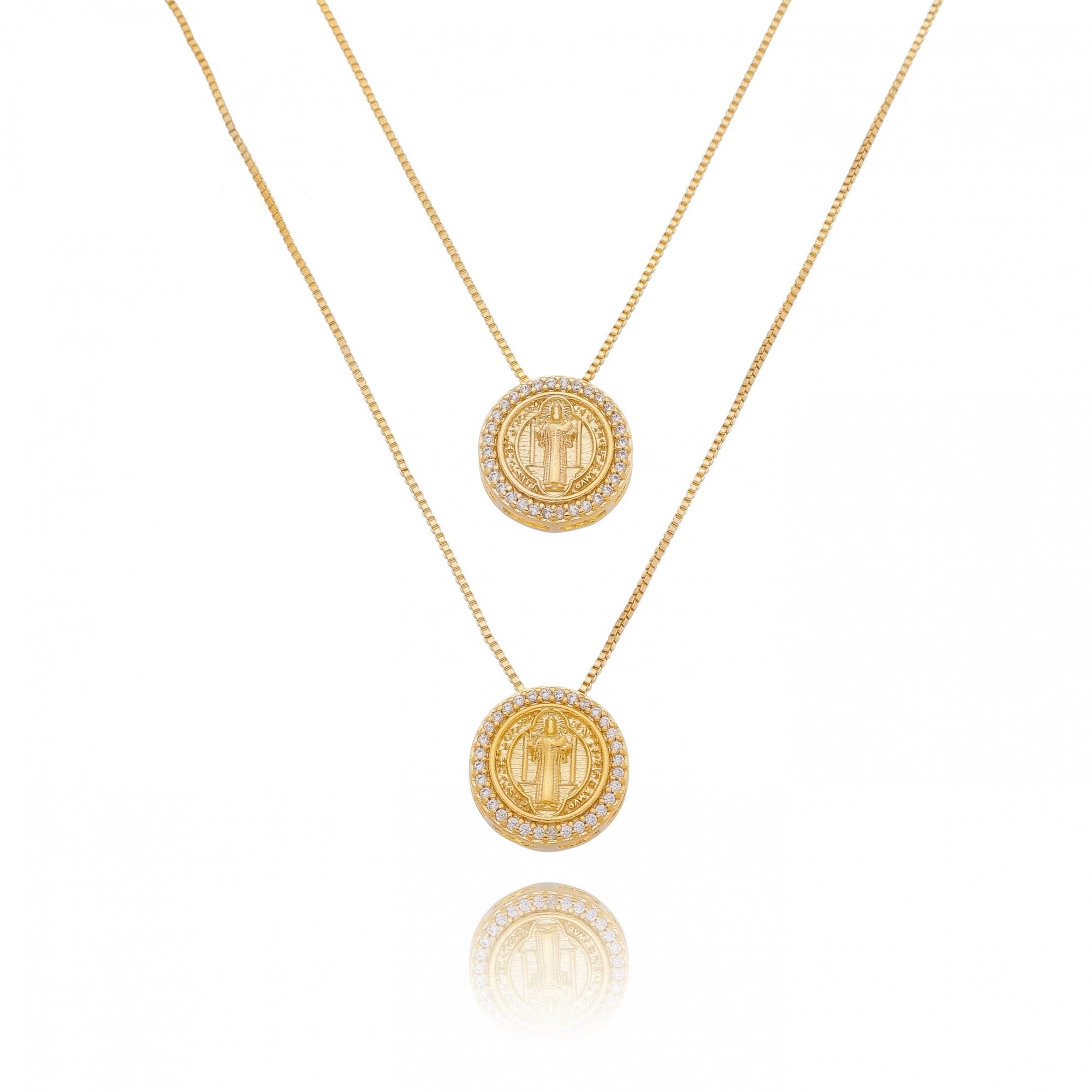 Escapulario Medalhas São Bento Cravejado em Zircônia Folheado em Ouro 18k