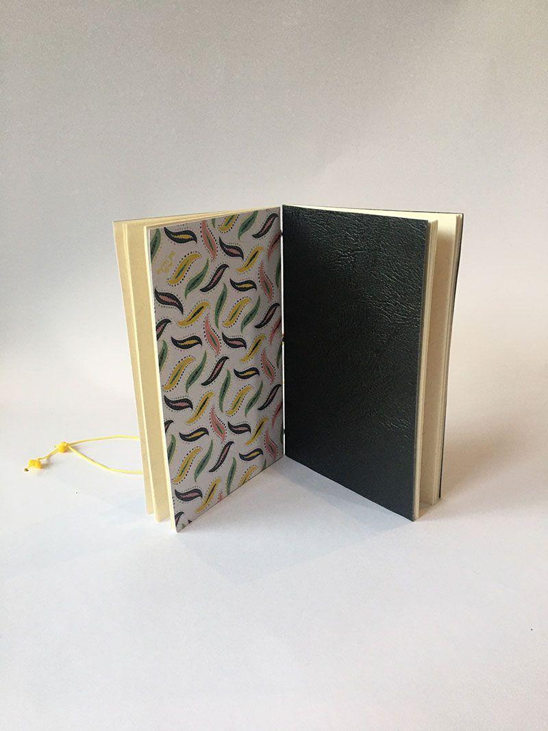 Caderneta Meteoros 2 em 1 - Encadernação artesanal