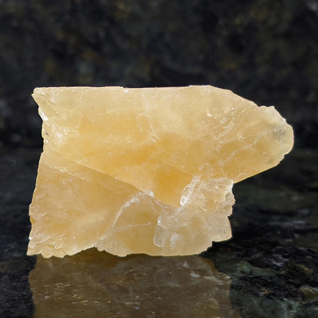 Calcita Amarela Mel - 5,6 cm
