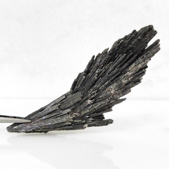 Cianita preta - 8,8 cm