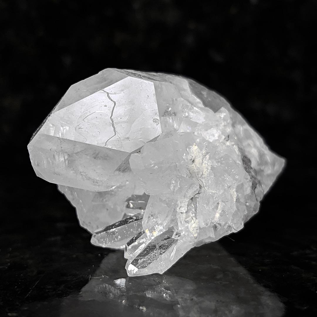 Cristal de rocha em drusa - 5,4 cm