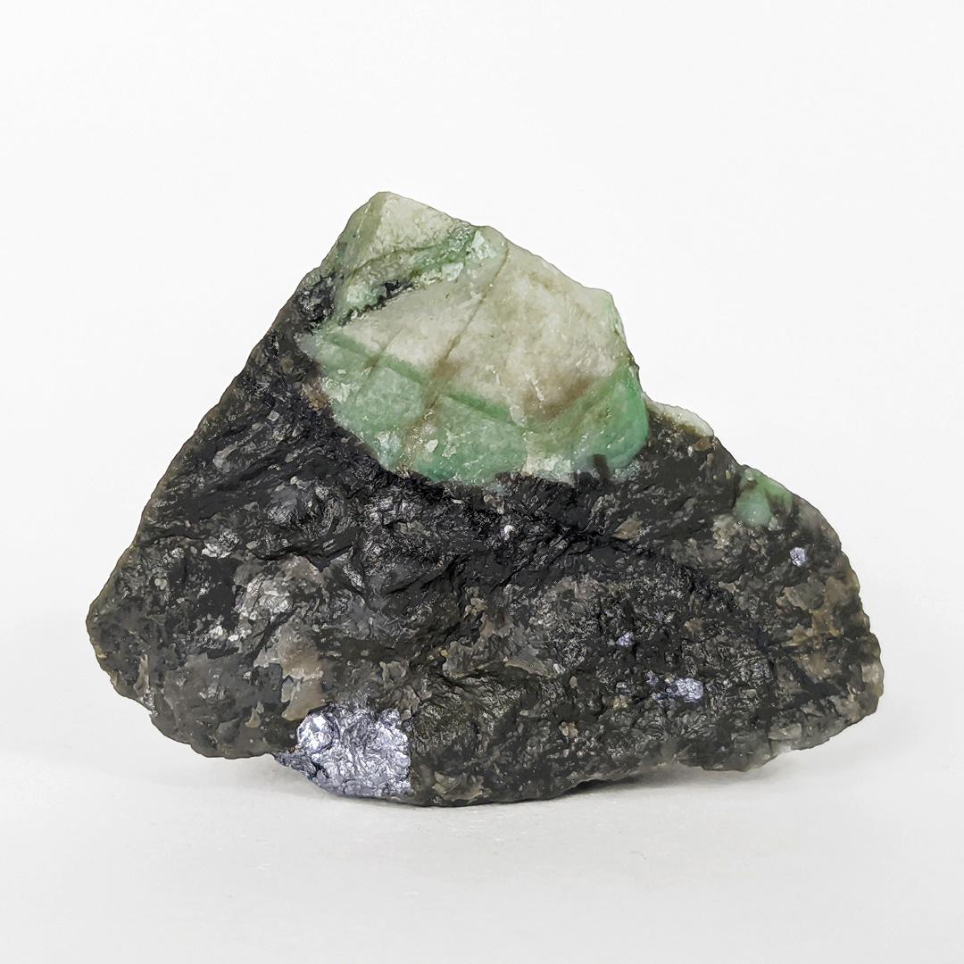 Esmeralda com molibdenita - 6,4 cm