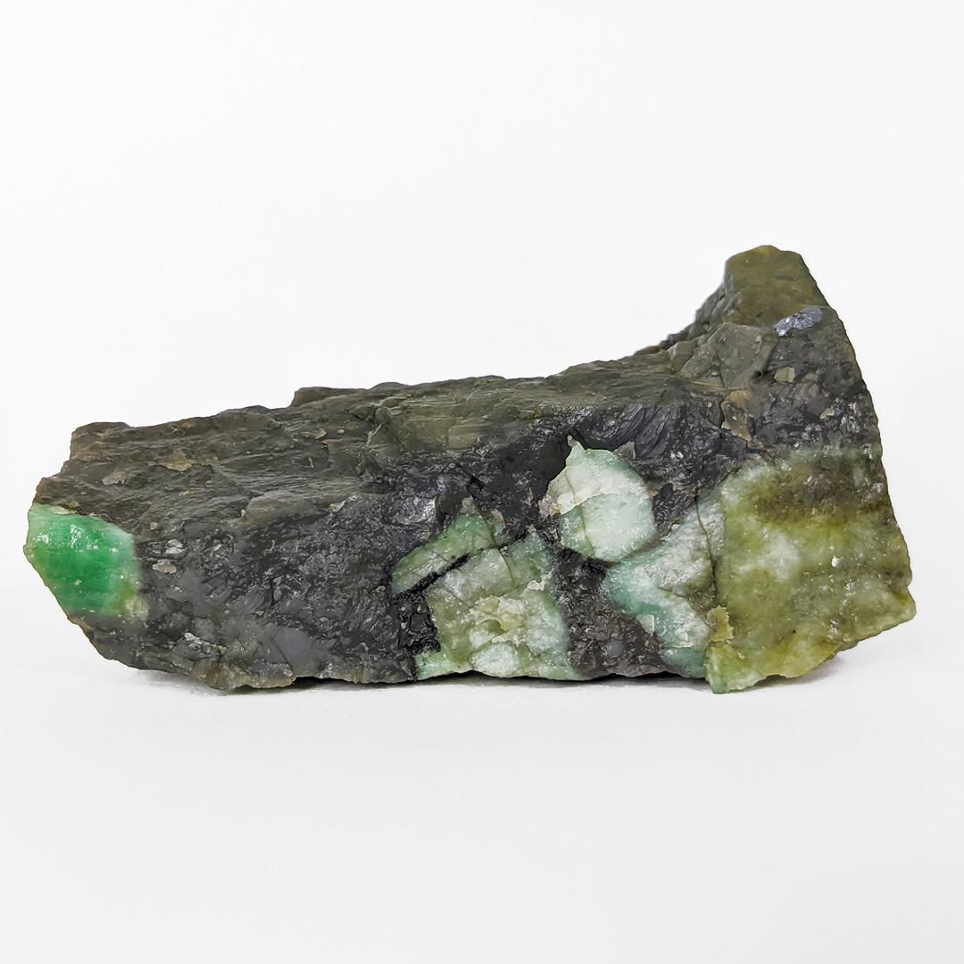 Esmeralda com molibdenita - 9,5 cm