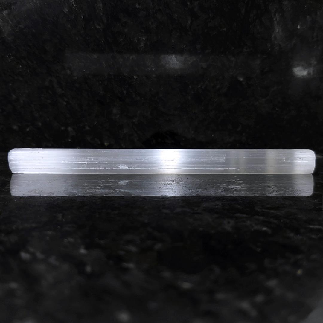 Gipsita Fibrosa Incolor (bastão) - 15,1 cm