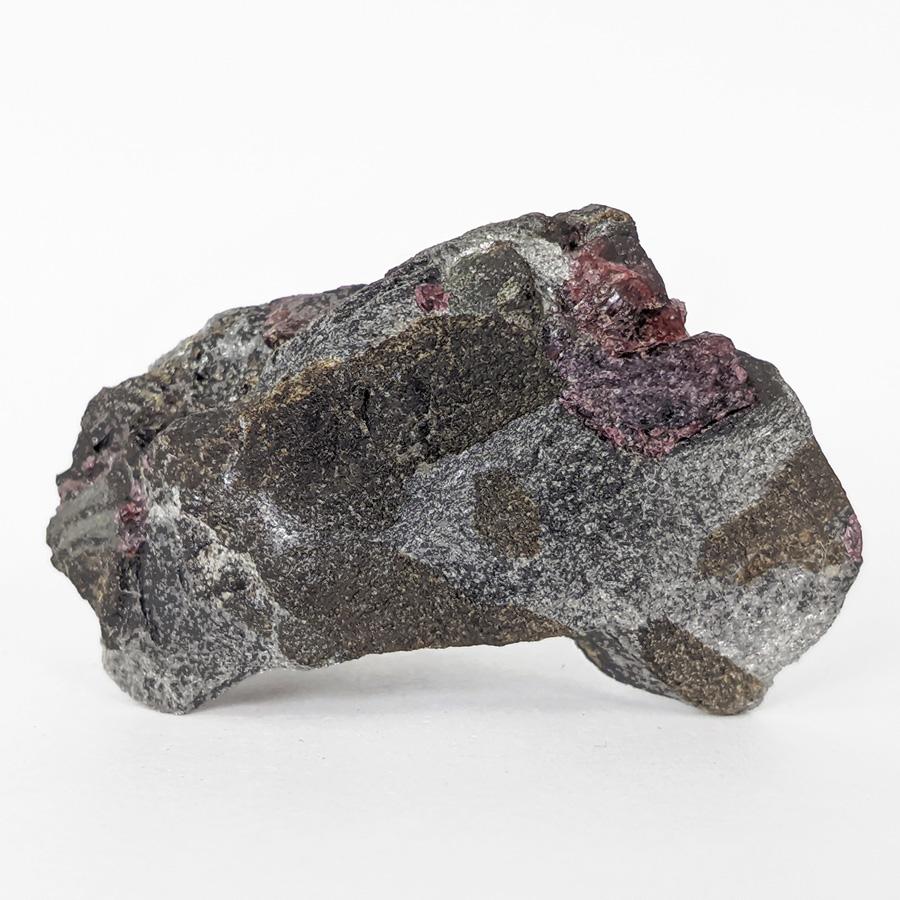 Granada almandina e estaurolita no xisto - 6,4 cm