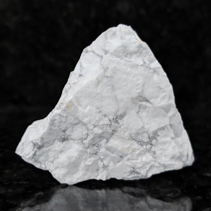 Howlita branca - 5,6 cm