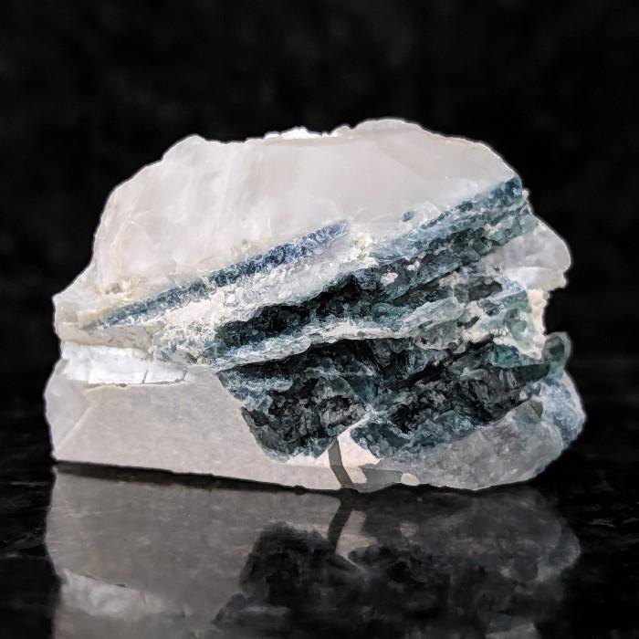 Indicolita com verdelita no quartzo - 4,7 cm
