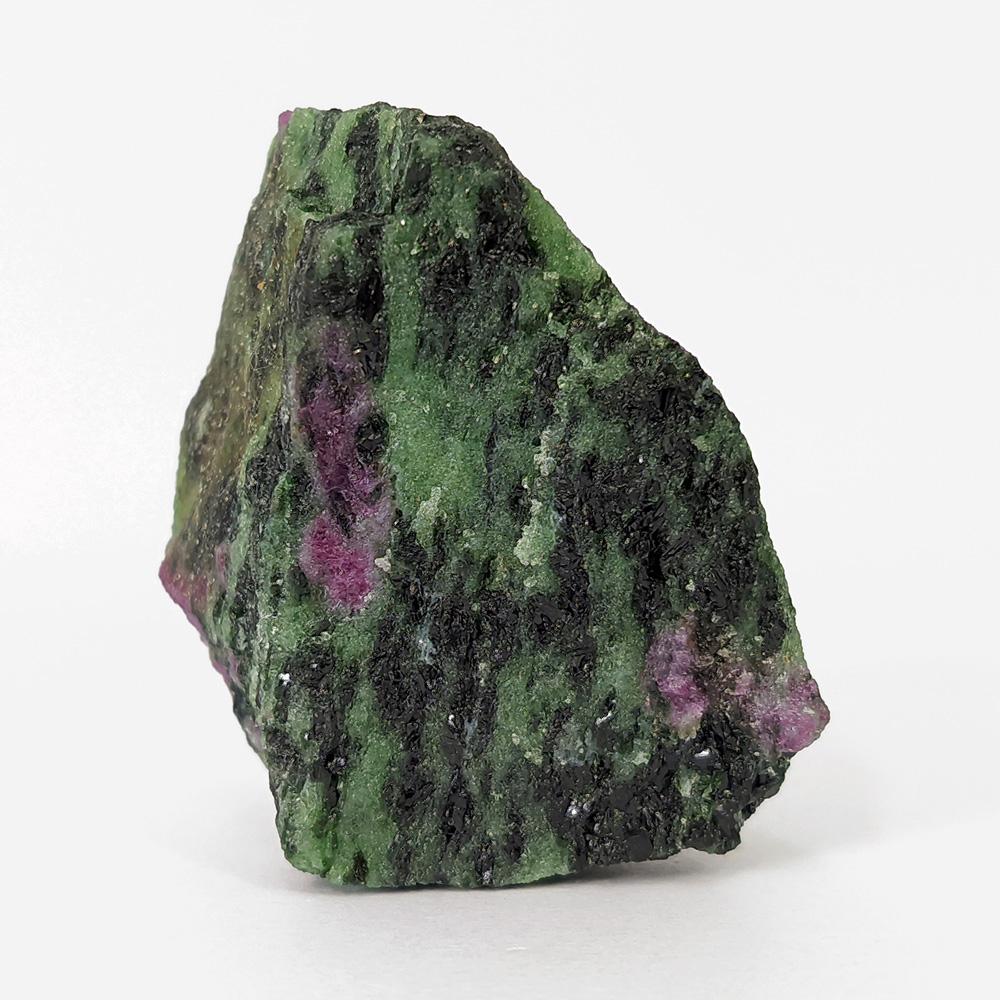 Rubi com Zoisita Verde e Pargasita - 5,8 cm