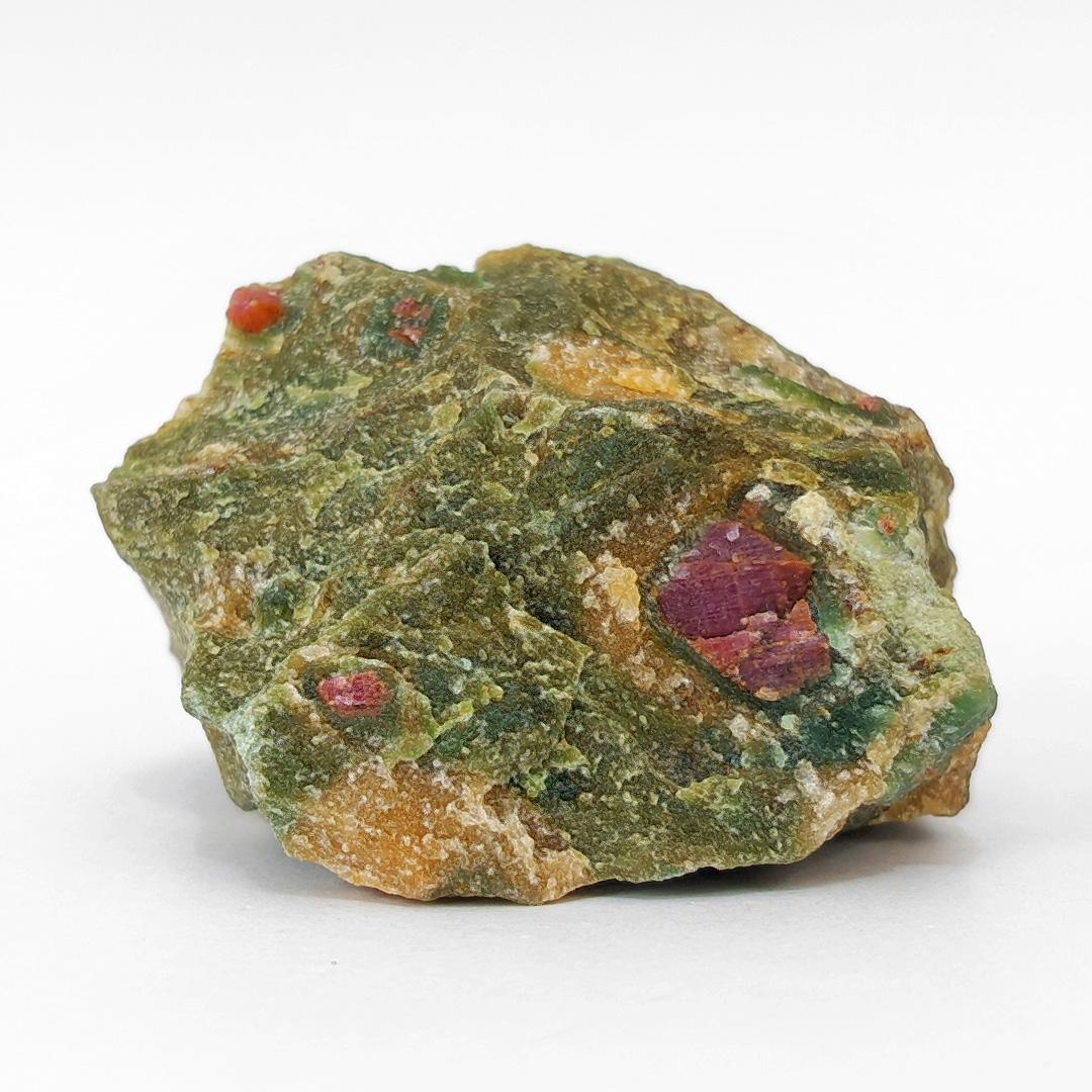 Rubi na Fuchsita - 6,2 cm