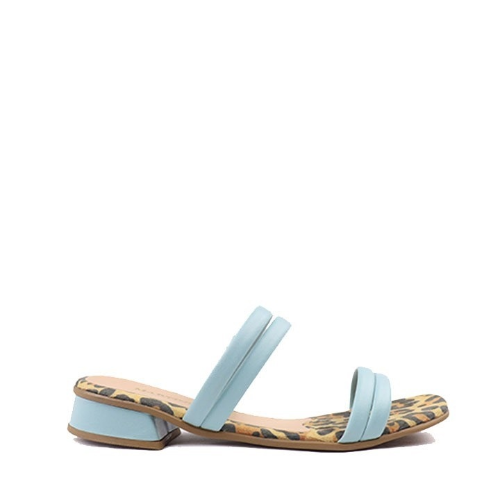 Sandália rasteira onça tira pistache