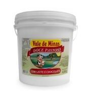 Doce Pastoso com Leite e Chocolate Vale de Minas - 4,8kg