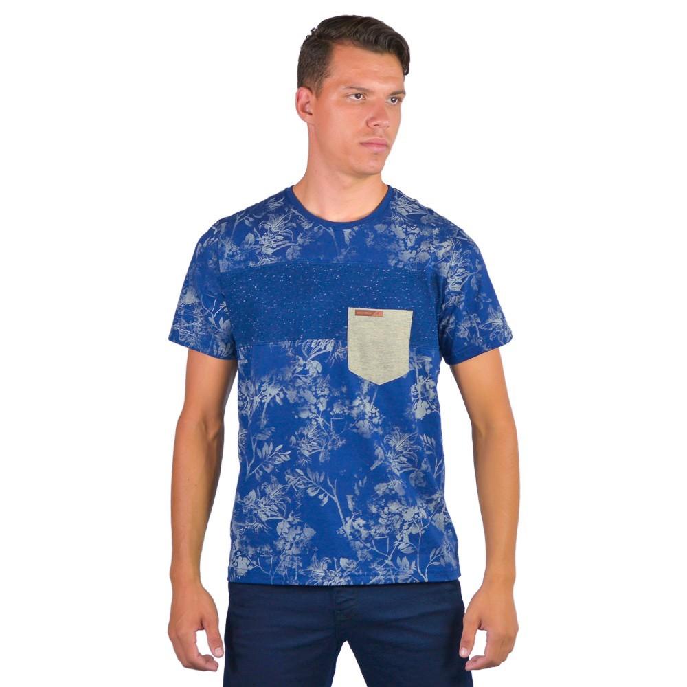 Camiseta Masculina Estampada Floral Com Bolso Manga Curta