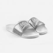 Chinelo Qix Missy Branco/Prata