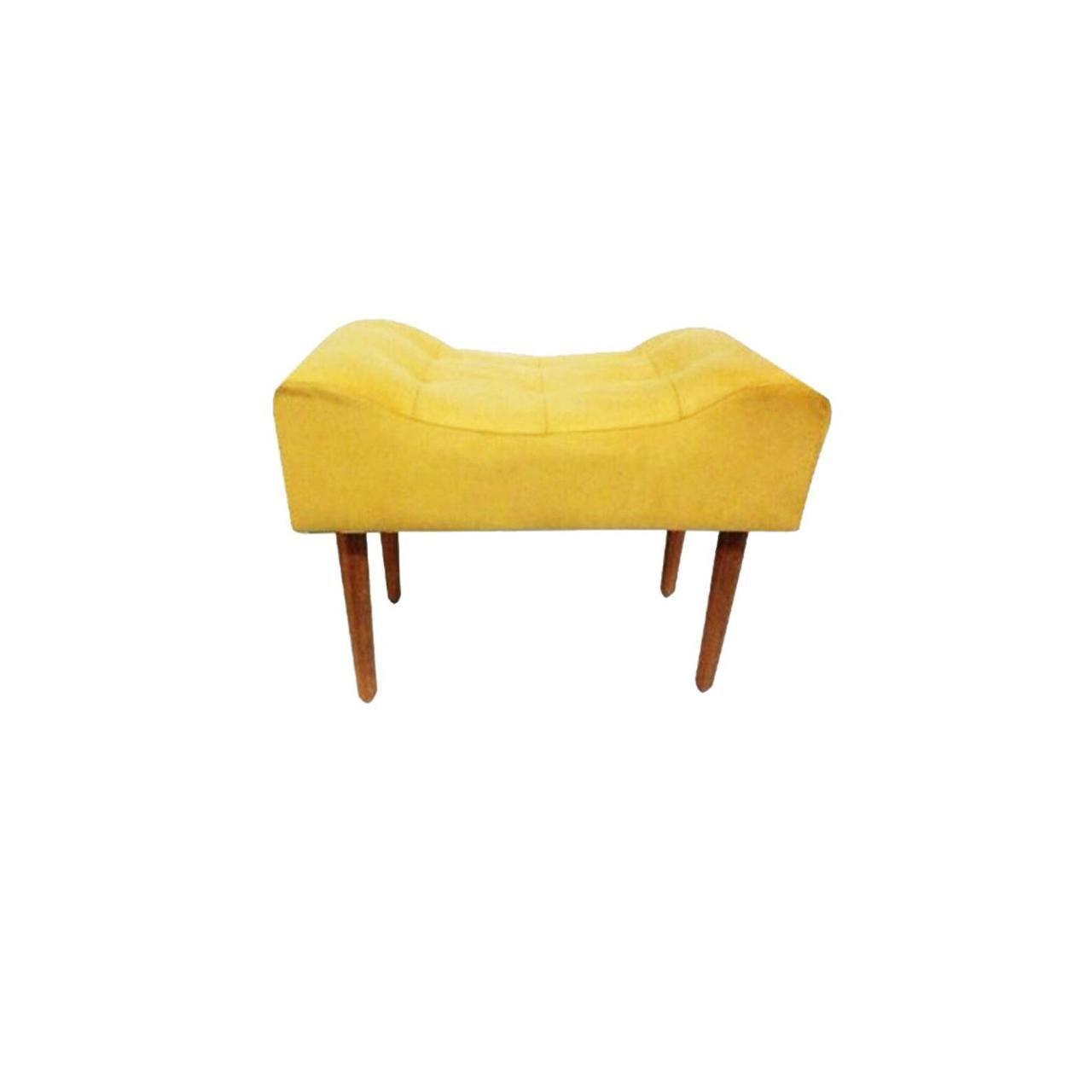 Kit 02 Poltrona Decorativa Nina com rodapé e Puff retangular Amarelo - Bela Casa Shop