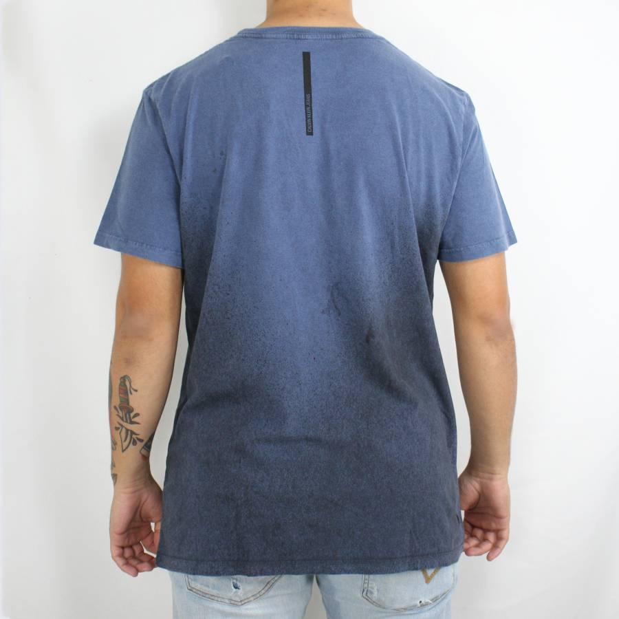 Camiseta Calvin Klein Jeans Classic Degradê Azul