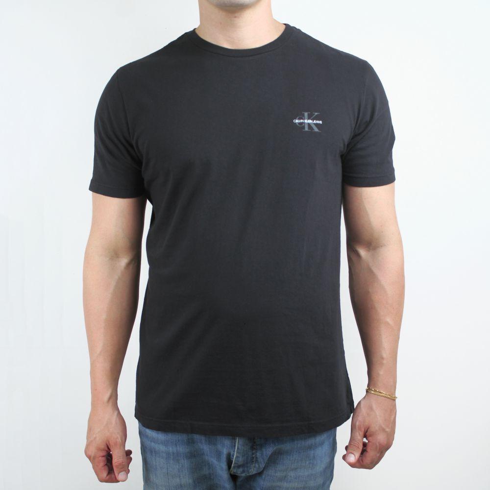 Camiseta Calvin Klein Jeans Logo Classic Preta