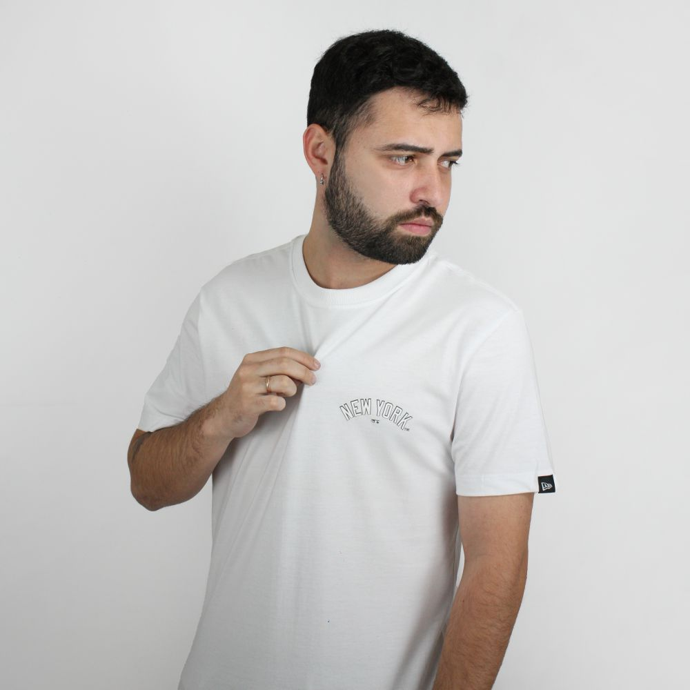 Camiseta New Era Basic Branca