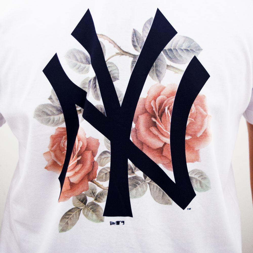 Camiseta New Era Botany Blooming