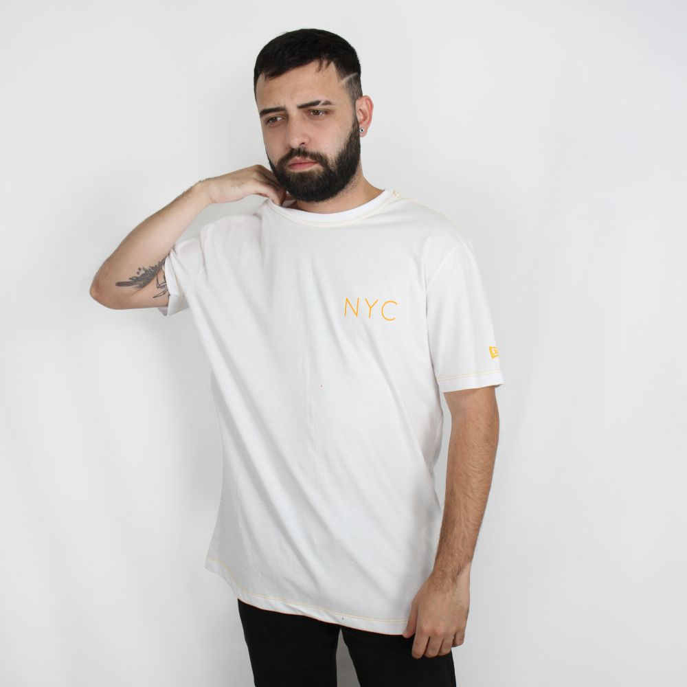 Camiseta New Era Branded NYC Branca