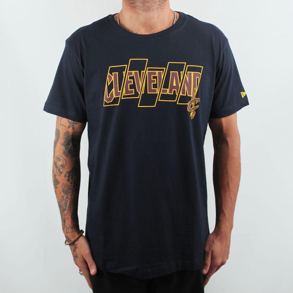 Camiseta New Era Cleveland Marinho