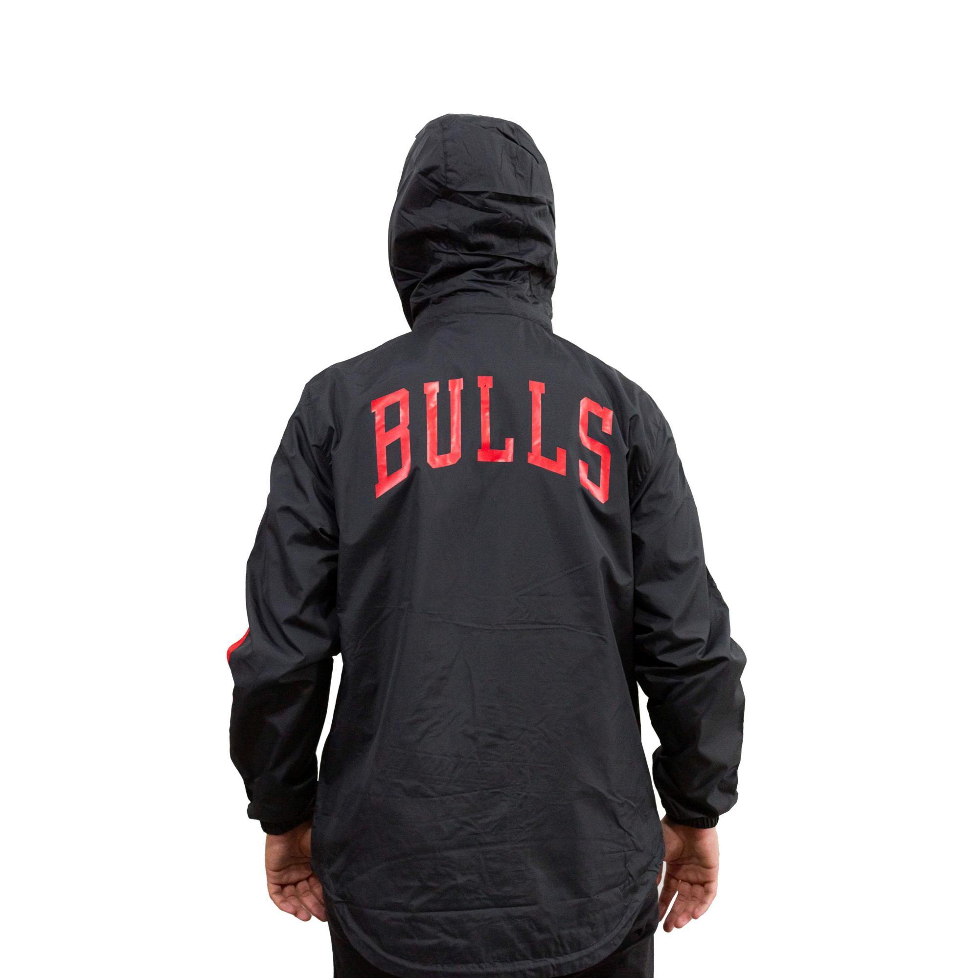Jaqueta Corta Vento New Era Chicago Bulls Preto