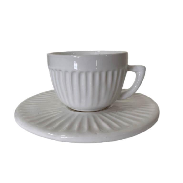 XICARA PARA CAFE COM PIRES EM CERAMICA CANELADO BRANCO 140ML