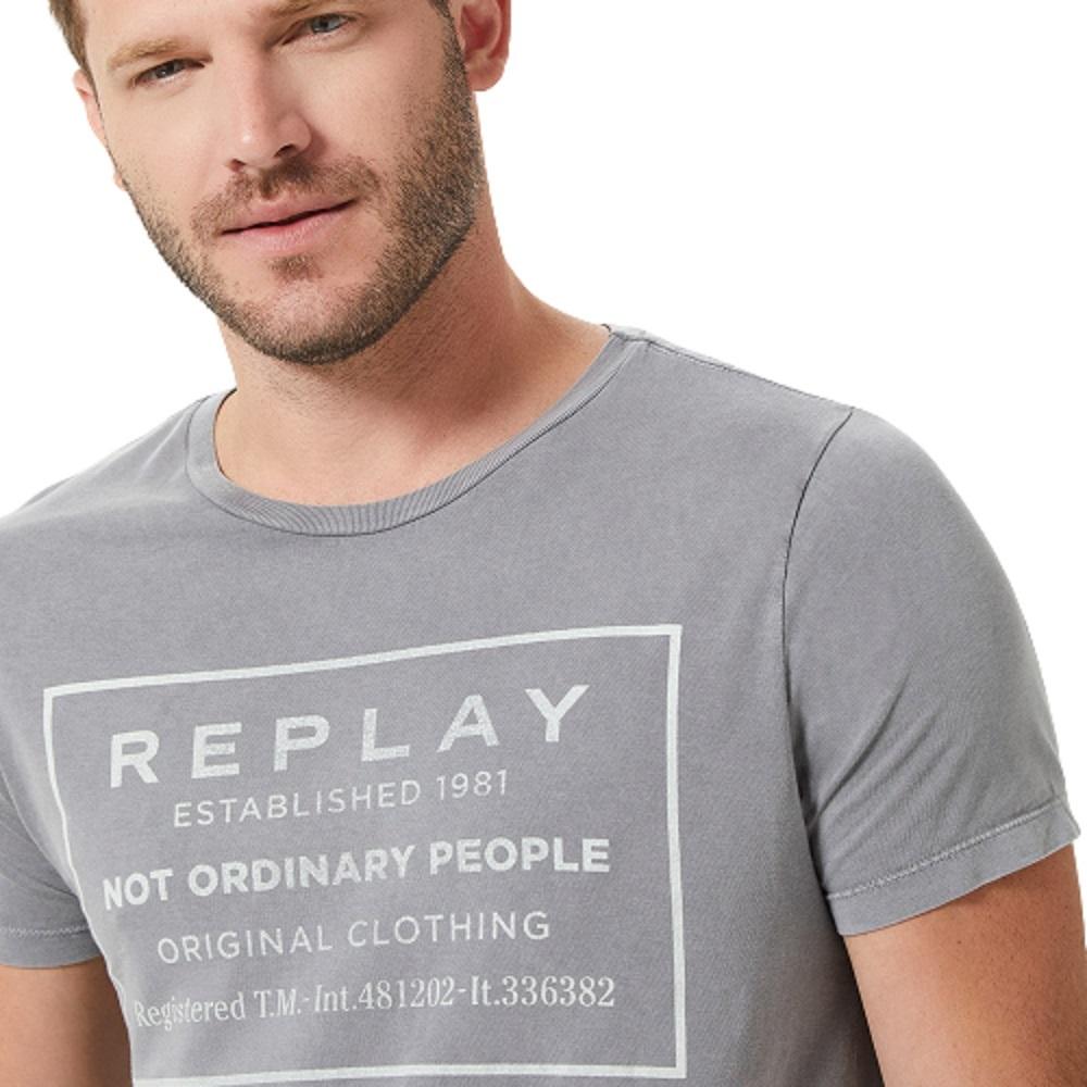 Camiseta Replay Not Ordinary People Masculino Cinza Claro