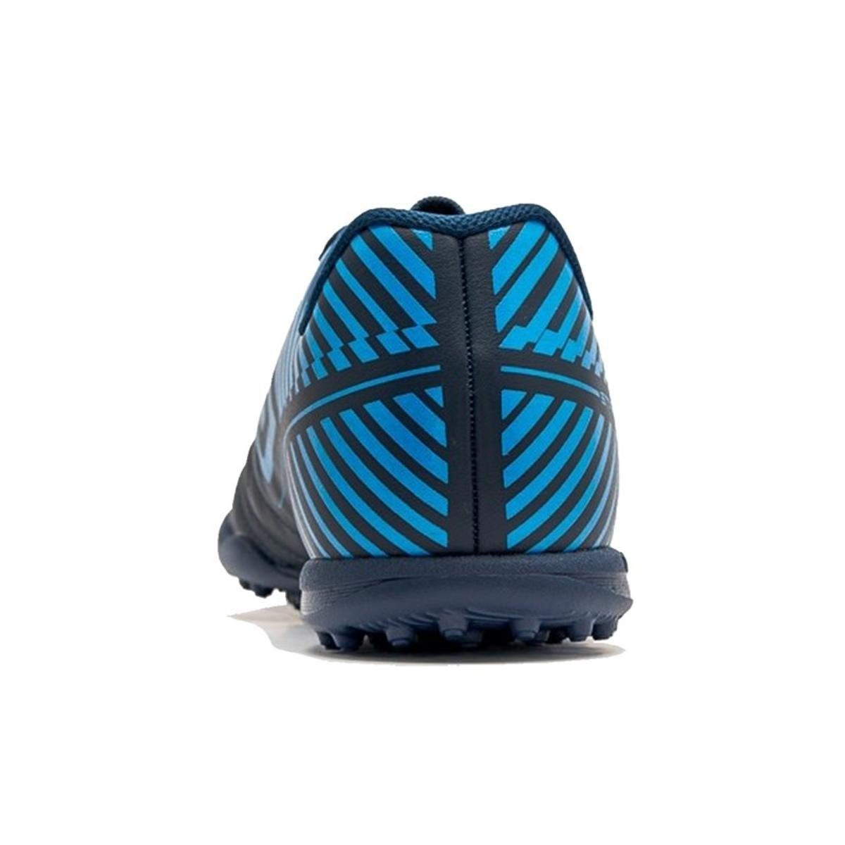 Chuteira Society Umbro Striker 5 - Azul