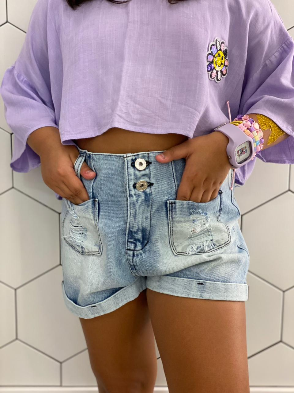 Short jeans barra virada