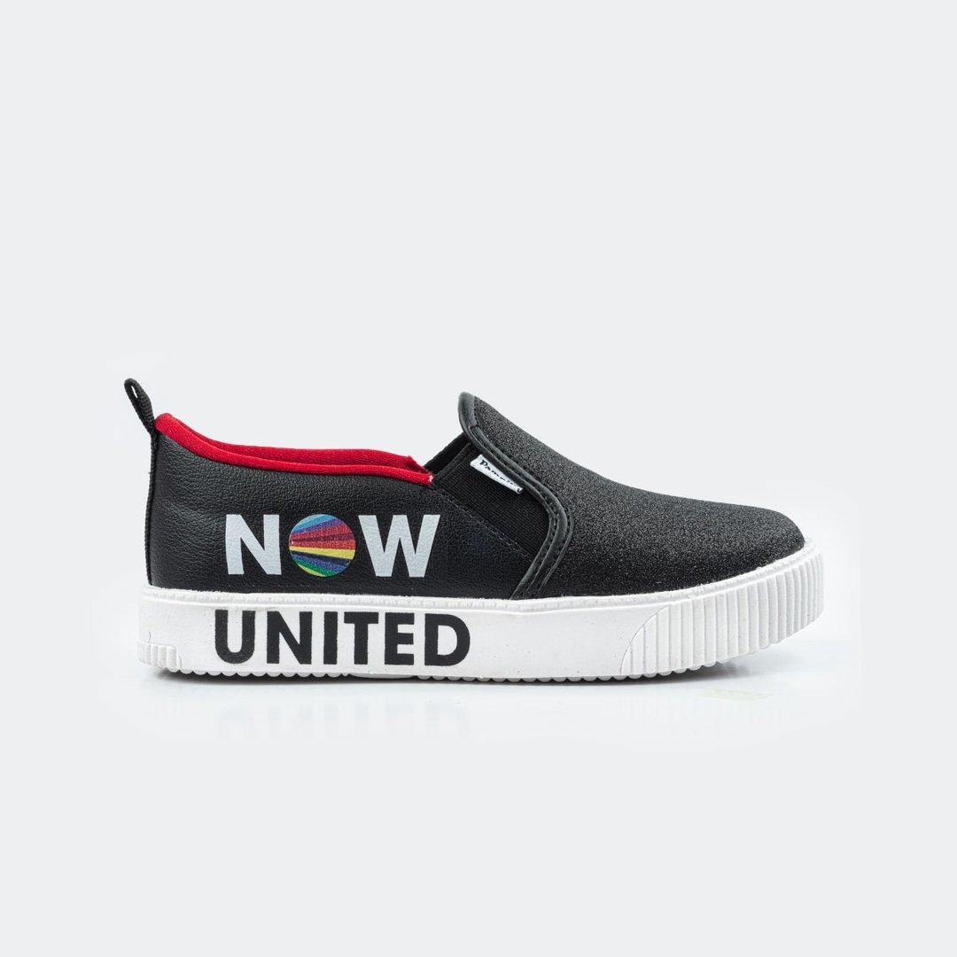 Slip on Now United