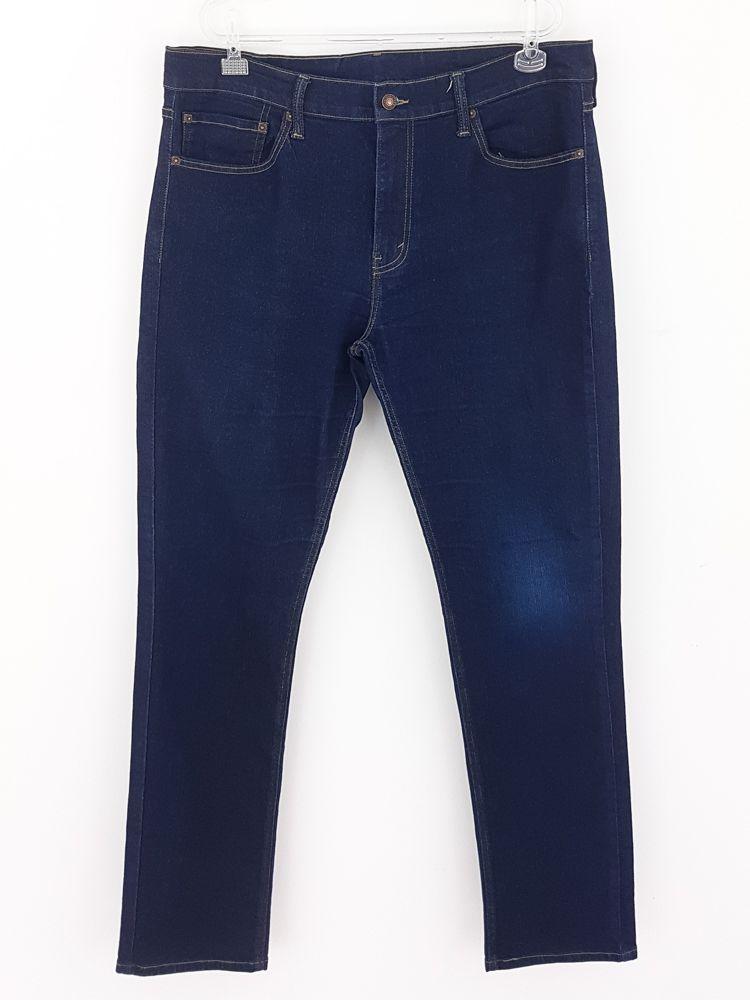 Calça jeans azul pesponto caramelo Levi's tam 48
