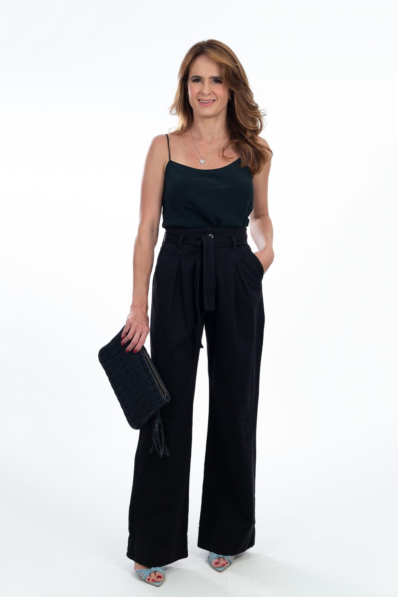 Calça pantalona preta amarração Avanzzo tam 38