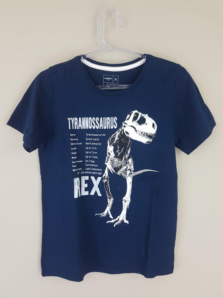 Camiseta marinho detalhe tyranossaurus rex Fuzarka tam 14