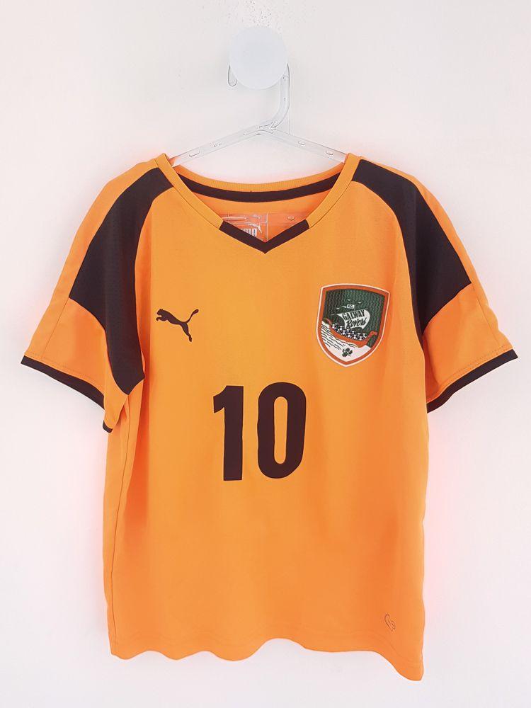 Camiseta laranja detalhe preto 10 Puma tam 10